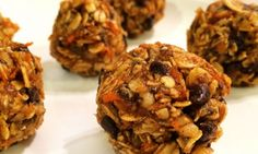 If you're on a clean eating plan you're probably no stranger to my chocolate chip cookie dough balls, heavenly coconut balls and other sweet treats. Real Food Recipes, Snack Recipes, Cooking Recipes, Yummy Food, Budget Recipes, Dinner Recipes, Healthy Sweets, Healthy Snacks, Healthy Recipes