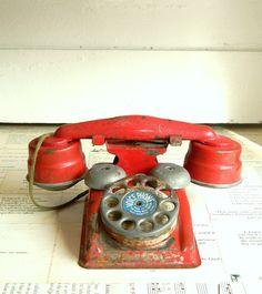 vintage christmas red toy phone. via Etsy.
