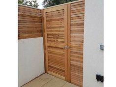 Sitting on the fence when it comes to deciding if Cedar Fencing is for you? Here you can find our previous bits of work in our Gallery. Slatted Fence Panels, Contemporary Fencing, Sitting On The Fence, Back Garden Design, Japan Garden, Cedar Fence, Garden Gates, Back Gardens, Kitchen Living