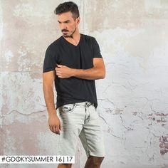 Combinação infalível: T-shirt básica + bermuda jeans Gdoky! #Aposte #Newcollection #Gdokymen
