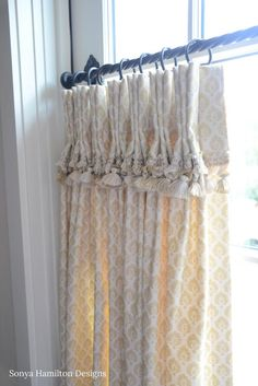 The Pleated Cafe Curtains And Iron Hardware Brought Just Right Amount Of Warmth Pattern Color To This Traditional Dining Room