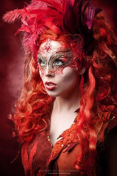 Mask by maskenzauber.com €98.00 (I love Ms. Overdose's work...) <3