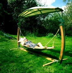 Hertfordshire hammocks have an innovative and original design, which combines ancient barrel making and ship buildings techniques with modern Stainless steel technology.