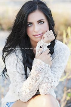 Senior girl pose | Rockwall senior photographer | cindy swanson photography blog