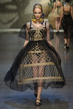 Dolce & Gabbana RTW Spring 2013 - Runway, Fashion Week, Reviews and Slideshows - WWD.com