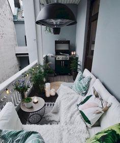 Small balcony ideas, balcony ideas apartment, cozy balcony design, outdoor balcony, balcony ideas on a budget Apartment Balcony Decorating, Design Apartment, Apartment Interior, Apartment Living, Apartment Balconies, Apartment Ideas, Interior Balcony, Interior Doors, Studio Apartment