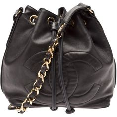 CHANEL VINTAGE logo bucket bag (2,965 CAD) ❤ liked on Polyvore featuring bags, handbags, shoulder bags, bolsas, chanel, purses, accessories, genuine leather handbags, black leather handbags y black handbags