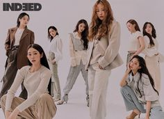Group Photography Poses, Group Photo Poses, Fashion Model Poses, Fashion Group, Pose Reference Photo, Photo Grouping, Fashion Photography Inspiration, How To Pose, Editorial Fashion