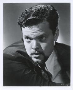 Orson Welles Old Hollywood Stars, Old Hollywood Movies, Vintage Hollywood, Classic Hollywood, Herbert Lom, Romanian Girls, Divas, Jeremy Brett, Famous Names
