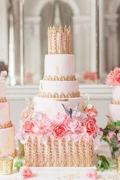 Luxury Wedding Inspiration Shoot   Corinthia Hotel London   Elizabeth's Cake Emporium   Roberta Facchini Photography   http://www.rockmywedding.co.uk/luxury-wedding-inspiration-corinthia/