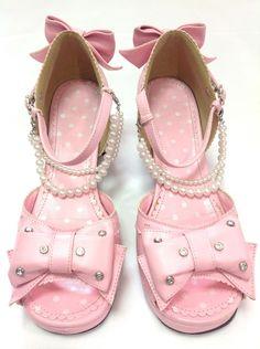 Princess Pearl Sandals in Pink from Angelic Pretty - Lolita Desu