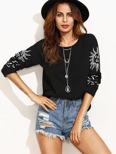 *SHEIN (SHEINSIDE)    Black print round neck long sleeve T-shirt   Camiseta negra estampada de manga larga con cuello redondo