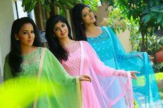 #pintrest@Dixna deol Salwar Neck Designs, Churidar Designs, Kurta Designs Women, Blouse Designs, Kurti Patterns, Dress Patterns, Latest Dress Design, Beautiful Suit, Saree Dress