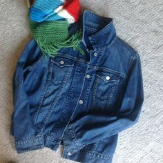 *HOST PICK* Gap Jean Jacket! True to size. Pristine condition. GAP Jackets & Coats Jean Jackets