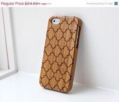 Black Friday Sale Quatrefoil Pattern Custom Engraved Bamboo Real Wood iPhone Case - iPhone 4/4s, iPhone 5/5s, iPhone 5c, iPhone 6, Galaxy S4 by InkedPanda on Etsy https://www.etsy.com/listing/160978519/black-friday-sale-quatrefoil-pattern