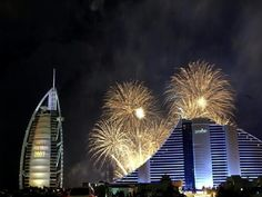 New Year was ushered in style with the world's highest fireworks organised by Emaar Properties, the developer of Burj Khalifa. Best Fireworks, New Year Fireworks, Dubai New Years Eve, Top 10 Tourist Destinations, The Places Youll Go, Places To Visit, Beautiful World, Beautiful Places, Emaar Properties