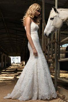 Beautiful Country Lace Wedding Dress
