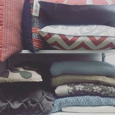 Update your bed with our range of cushions and throws!  #throwrugs #cushions #blanket #phinc #shop3280 #shoponline #phinconline by love_phinc