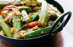 Cooking okra the Andhra way Times of India Indian Vegetarian Dinner Recipes, Vegetarian Dinners, Indian Food Recipes, Vegetarian Curry, Indian Snacks, Vegetarian Cooking, Healthy Foods To Eat, Healthy Eating, Healthy Recipes