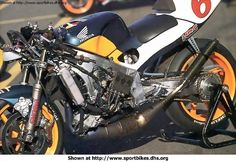 Honda NSR500  - heart of the beast.