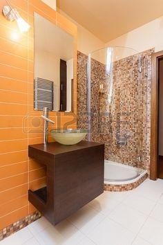 D co salle de bain en orange quelques id es originales for Great un bano con paredes en naranja de
