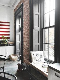 Loft Interior, Interior Shutters, Home Interior Design, Black Shutters, Exterior Design, Exterior Paint, Indoor Shutters, Style Loft, Industrial House