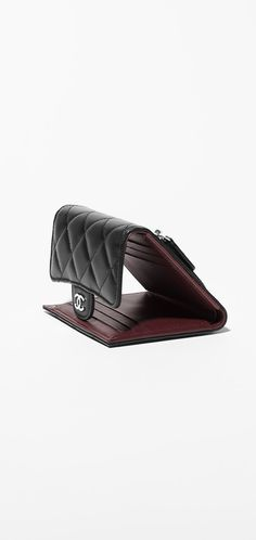 the small leather goods collection on the chanel official website