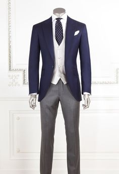 Wedding Suits Another variation for anyone but those in ceremony - the coat and tie are blue, the trousers are a little lighter grey, and the vest is cream. Men Fashion Photo, Mens Fashion Suits, Mens Suits, Men's Fashion, Wedding Morning Suits, Wedding Suits, Mens Masquerade Outfit, Masquerade Ball, Western Outfits