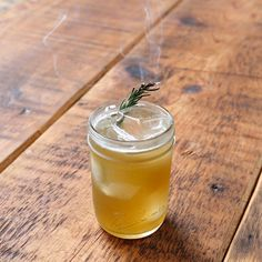 Campfire Sour: 3 Shots Rye Whiskey 1 & Shots Fresh Lemon Juice Shot Maple Syrup 1 Sprig Rosemary (plus 2 for garnish) Rye Whiskey, Whiskey Drinks, Cocktail Drinks, Cocktail Recipes, Alcoholic Drinks, Drink Recipes, Bourbon Recipes, Sour Cocktail, Spring Cocktails