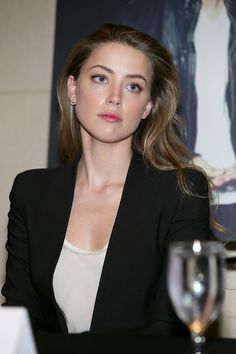Amber Heard - 2014 Texas Film Awards Press Conference in Austin Amber Heard Cabelo, Fotos Amber Heard, Amber Heard Makeup, Amber Heard Hair, Amber Heard Style, Amber Heard Photos, Amber Herd, Non Blondes, Cute Beauty