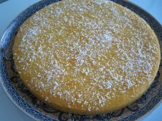Griesmeelcake met vanillevla Baking Recipes, Cake Recipes, Semolina Cake, Delicious Desserts, Yummy Food, Sweet Cooking, Breakfast Cake, Tasty Dishes, No Bake Cake