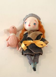 Elsita`s dolls are soooo unique and love the little details and accesories! :D  http://elsita.typepad.com/dolls-have-feelings-too/