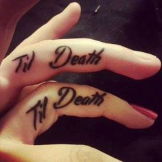Wedding Ring Tattoos Couple tattoos Til Death - Matching couple tattoos are a great way of expressing the love you have for one another. Show your passion to the world today by having a permanent (or t Romantic Couples Tattoos, Couple Tattoos Love, Finger Tattoos For Couples, Love Tattoos, New Tattoos, Trendy Tattoos, Tattoos For Women, Tatoo Ring, Tattoos Pinterest