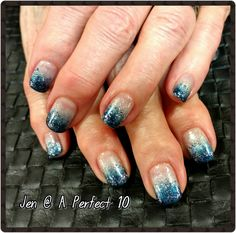 Winter ombre nail art