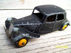 Traction citroën Dinky Toys
