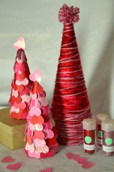 Valentine's Day Tree Craft #ValentinesDay #Crafts #Tree