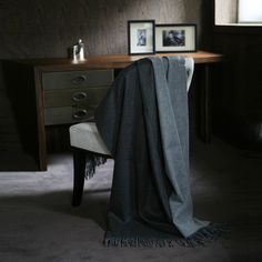 throws - cashmere -