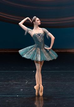 Efficiency choose and dance costumes features on-trend design for all those genres of interact. Bolshoi Ballet, Ballet Tutu, Ballet Dancers, Ballerinas, Dance Photography Poses, Dance Poses, Ballet Pictures, Dance Pictures, Ballet Costumes