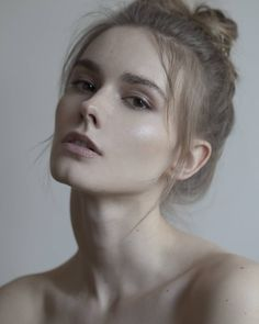 Beauty & portrait photographer based in Belgrade, Serbia. Nude Photography, Portrait Photography, Inspiring Photography, Flash Photography, Photography Tutorials, Light Photography, Creative Photography, Digital Photography, Face Angles