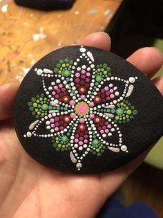 Green & Pink Mandala with a splash of White Stone Art Painting, Dot Art Painting, Mandala Painting, Pebble Painting, Mandala Art, Mandala Painted Rocks, Painted Rocks Kids, Mandala Rocks, Rock Painting Patterns