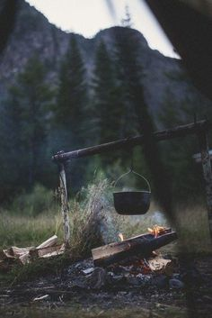 Hiking ideas and inspiration. Hiking food, camping tips and more. Outdoor Life, Outdoor Camping, Camping Outdoors, Outdoor Travel, Outdoor Survival, Outdoor Play, Outdoor Living, Into The Wild, Bushcraft Camping