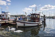 Travemünde: Ein Fischereihafen im Wandel // #Ostsee #Fischereihafen #Hafen…