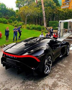An elegant Bugatti La Voiture Noire at lake Como Italy 😊😉 Drive safely to . Luxury Sports Cars, Top Luxury Cars, Sexy Cars, Hot Cars, Supercars, Luxury Boat, Luxury Travel, Bugatti Cars, Audi Lamborghini