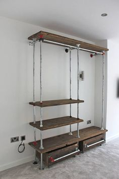 Ordinaire Belle Reclaimed Scaffolding Board And Galvanised Steel Pipe Industrial Open  Wardrobe/Dressing Room System With Powder Coated Fittings