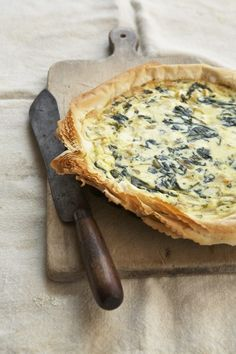 Leek, pesto, ricotta pie with phyllo dough: My bestie made this for me, and it is an awesome recipe worth printing.