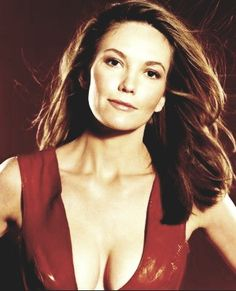 Diane Lane Beautiful Celebrities, Gorgeous Women, Diane Lane Unfaithful, Diane Lane Actress, Farrah Fawcett, Sexy Older Women, Pretty Woman, Beauty Women, Hollywood
