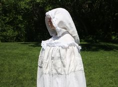 White Linen Lacy Cloak by fairesisters on Etsy
