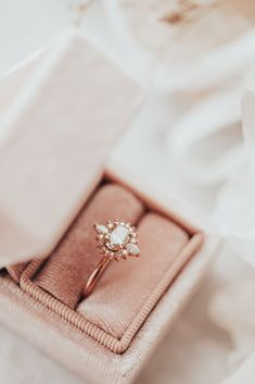 Oval East/West Champagne Diamond with Starburst Halo Ring 14k Rose Gold Ring Champagne Diamond, My Precious, Halo Rings, Gold Ring, Jewelry Accessories, Aesthetics, Sparkle, Rose Gold, Wedding