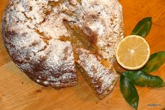 Лимонных пирогов я пекла множество по разным рецептам, а вот кекс готовила впервые. К тому же с морковью. Опять-таки морковный пирог – один из любимых в нашем семействе, в особенности его жалуют вн…