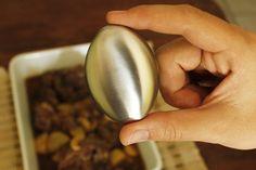 Como uma boa chef de cozinha, vou ensinar um truque para vocês, que aprendi em minhas aulas de gastronomia no curso Le Cordon Bleu...